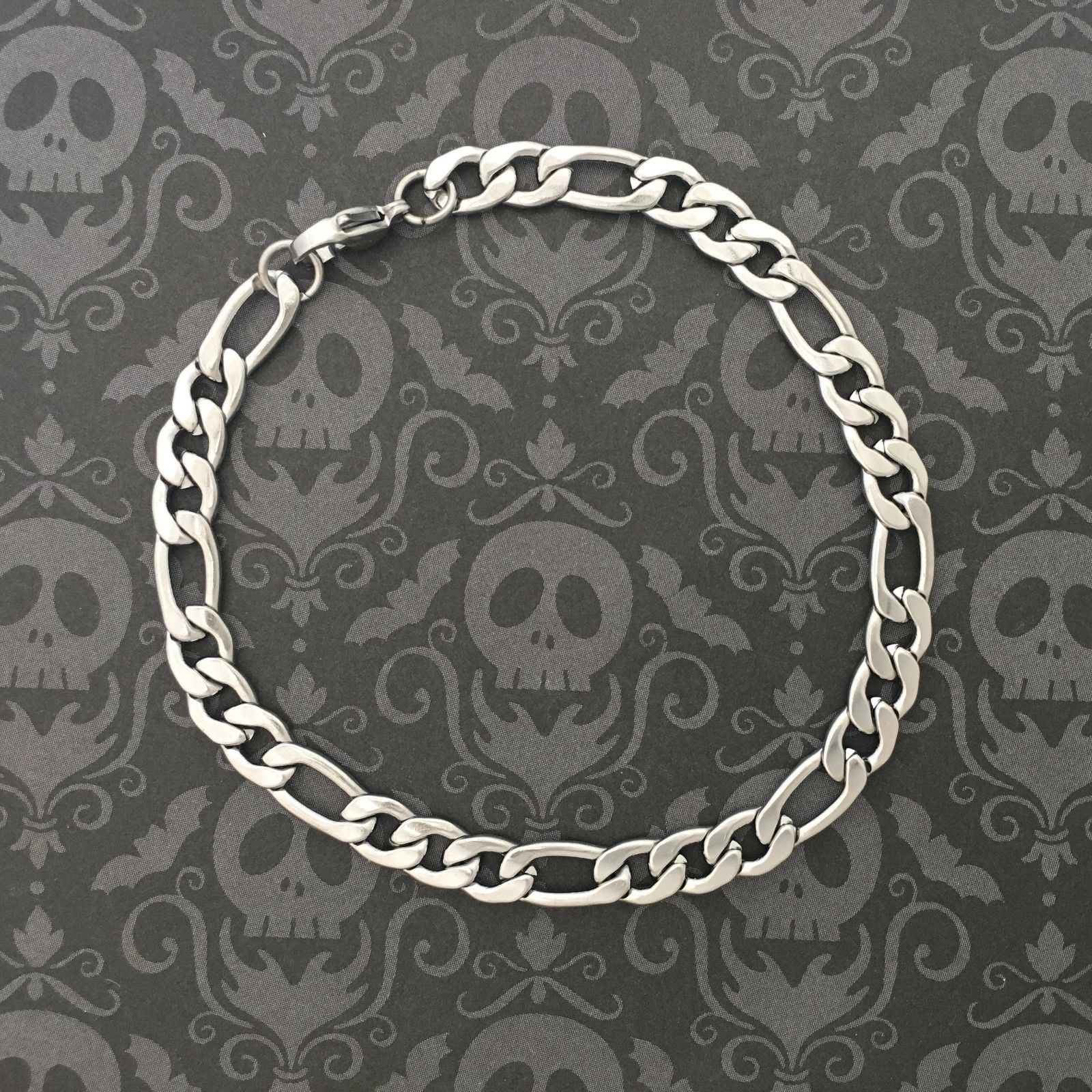 7 1/2 in. Solid Stainless Steel Figaro Chain Bracelet lead-free, Nickel-free